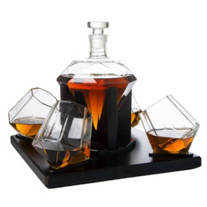 Diamond Decanter With 4 Glasses