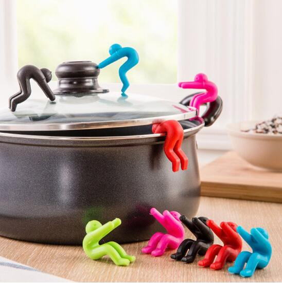 2 pieces Creative Cooking Tools pot cover heightening Spill control silicone Little people modelling prevent bop overflow  CF-35
