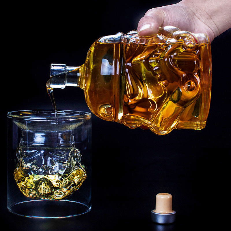 Cool Star Wars Storm Trooper Helmet Whiskey Crystal Glass Wine Decanter Bottle Magic Aerator Wine Glasses Accessories Glass Set
