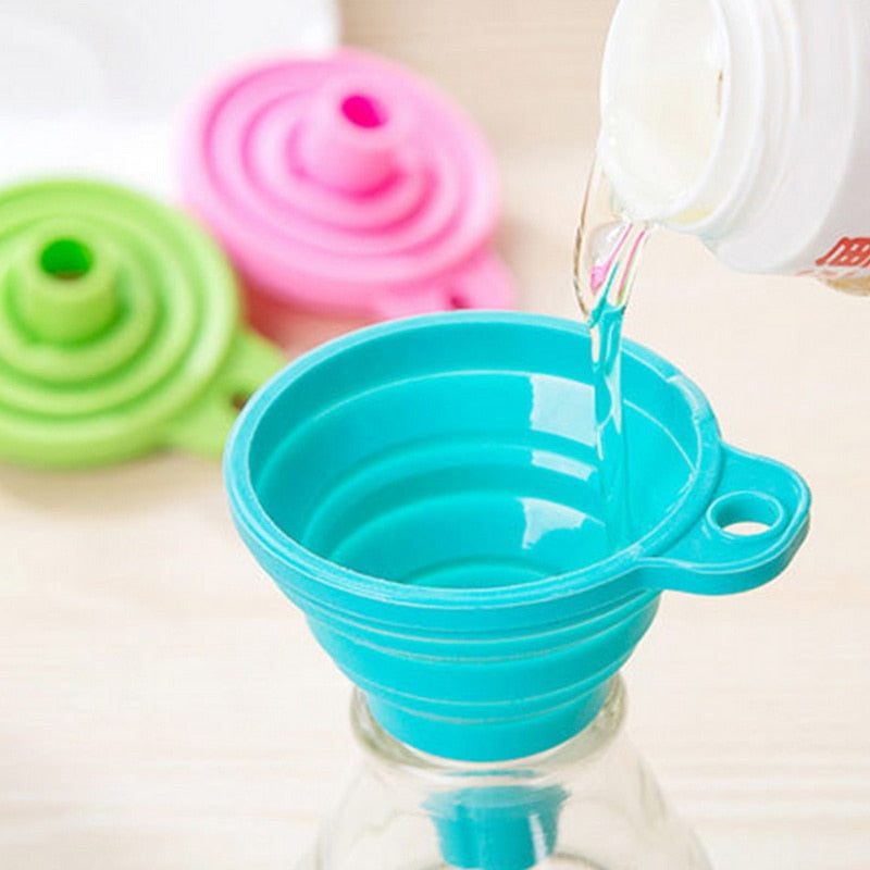 Mini Foldable Funnel Silicone Collapsible Funnel Folding Portable Funnels Be Hung Household Liquid Dispensing Kitchen Tools