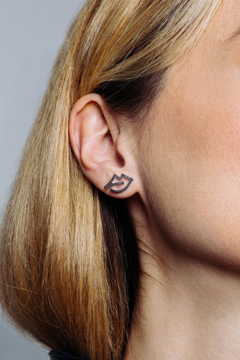 mara-lips-earrings-925-sterling-silver