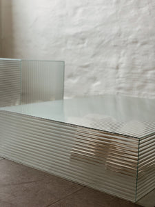 Hexagonal Glass table signed Staffan Holm - Ett intimt möte