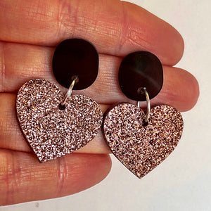 Brown button hearts