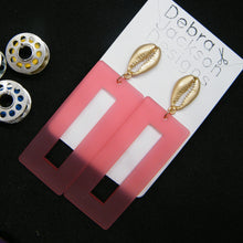 Load image into Gallery viewer, Pink and gold statement earrings