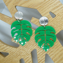 Load image into Gallery viewer, Monstera statement earrings