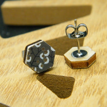 Load image into Gallery viewer, Metallic Berry hexagon stud earrings