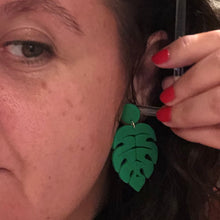 Load image into Gallery viewer, Monstera leaf earrings