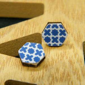 Navy Quartefoil stud earrings