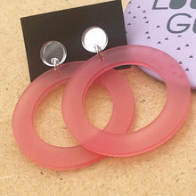 Load image into Gallery viewer, Pink hoop and mirror silver earrings