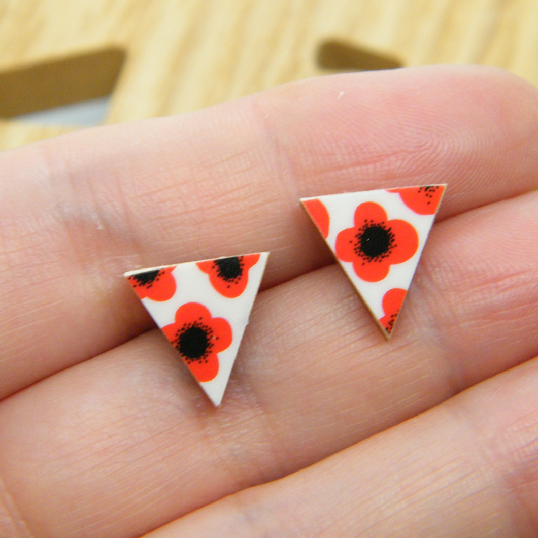 Red Poppy stud earrings
