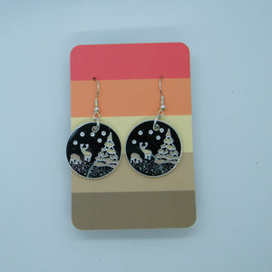 Silver mirrored winter scene earring