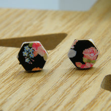 Load image into Gallery viewer, Sweet Nothing hexagon earrings
