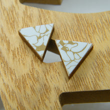 Load image into Gallery viewer, Gold Marble stud earrings