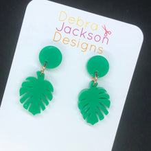 Load image into Gallery viewer, Monstera mini statement earring