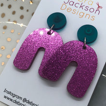 Load image into Gallery viewer, Pink and green arches earrings