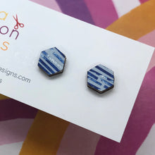 Load image into Gallery viewer, On holiday stud earrings