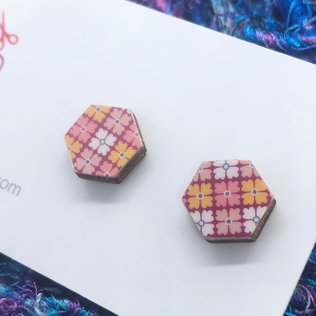Botanical Plaid stud earring