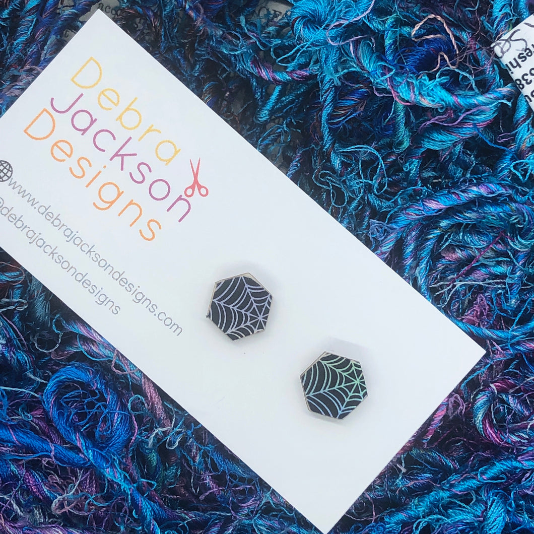 Spider web stud earring