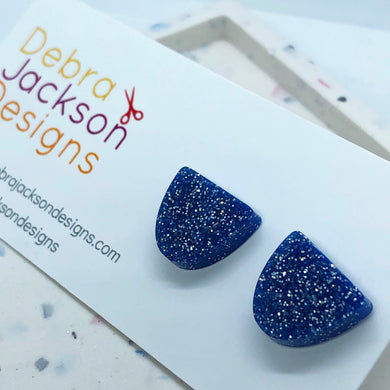 Blue glitter arch stud earrings