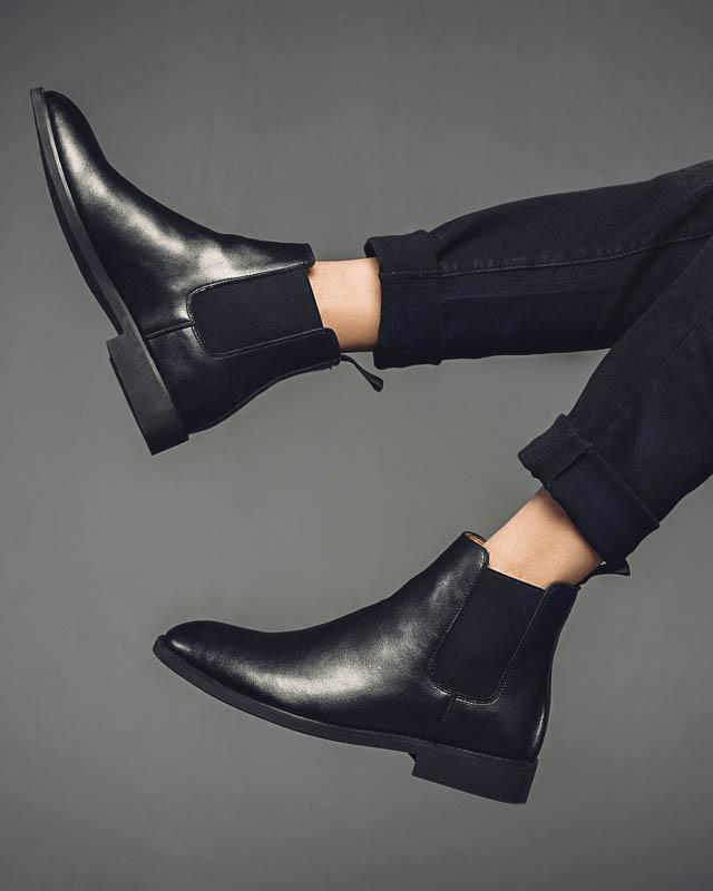 mens-Leather Chelsea Boots - Liam - Alexandre León | black-leather