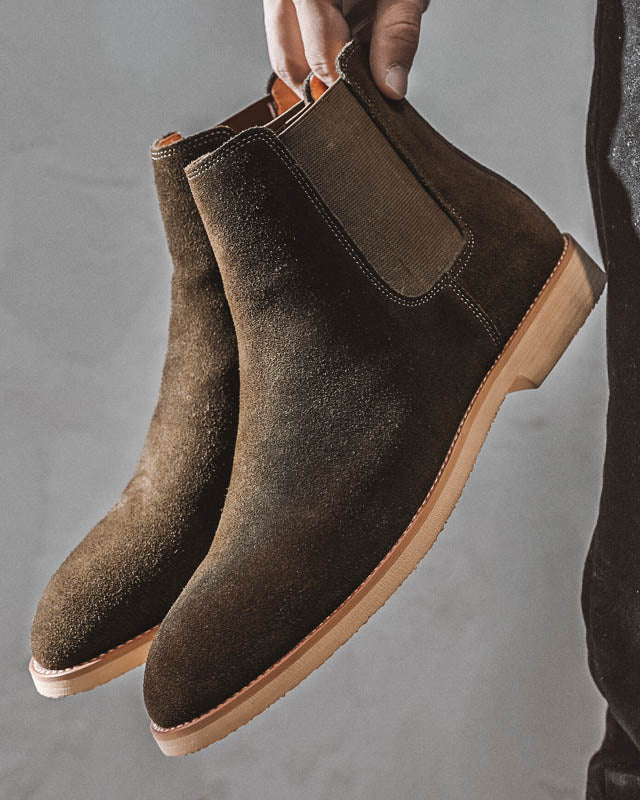 mens-Leather Chelsea Boots - Liam - Alexandre León | green