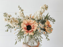 Load image into Gallery viewer, Custom Mother's Day Arrangement