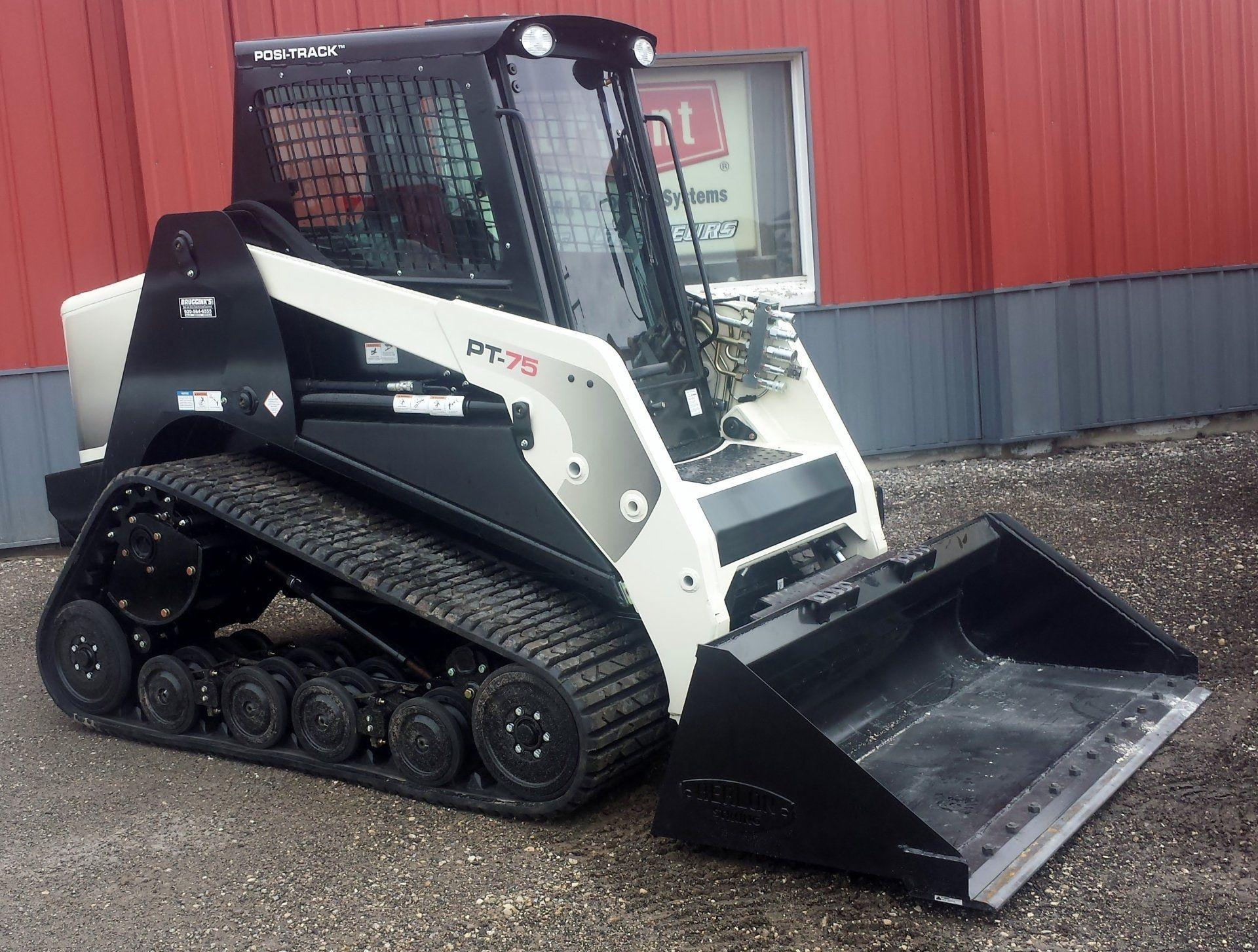 Low Profile Bucket - Skid Steer & Tractor - Berlon Industries Low Profile Bucket Berlon Industries