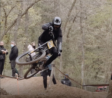 Paul Menoyo Crushes it 4 Riders Bike Park in Spain