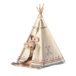 Little Feather<br>Mouse and Tent