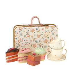 Suitcase Cake Set White Floral