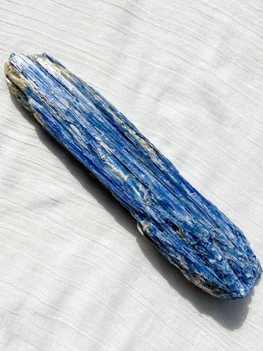 Blue Kyanite - 890g
