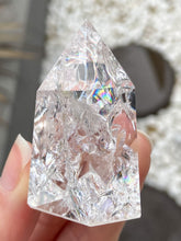 Load image into Gallery viewer, Fire and Ice Quartz Point