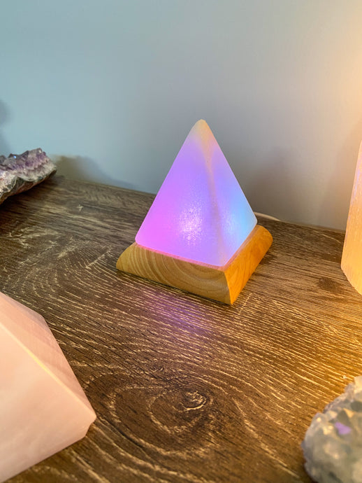 Pyramid Salt Lamp - Changing Colour, USB