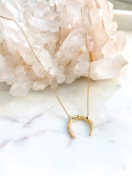 Moon Crescent Necklace - Gold