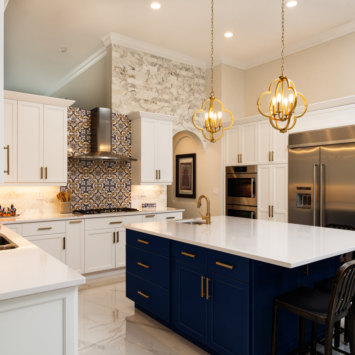 4-Color-Trends-for-Kitchen-Cabinets-Modern-Blue-Kitchen-with-multicolor-hexagon-backsplash