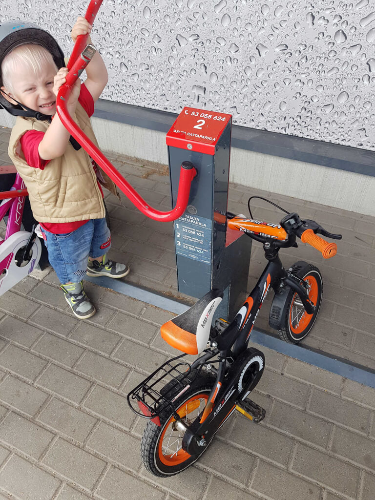 kids bike urban transit bike parking solution technology phone app locking bike parking solar powered