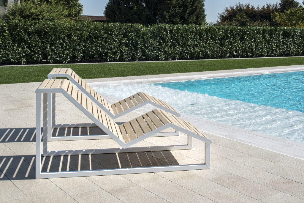 outdoor indoor metal chaise lounge pool side