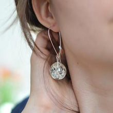 Load image into Gallery viewer, Baby Breath earrings