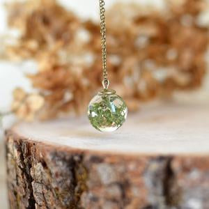 Real Moss Small Sphere Necklace