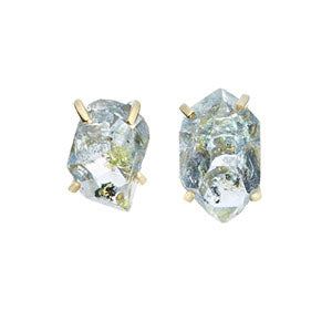 Voyageuse Collection Desma stud earrings