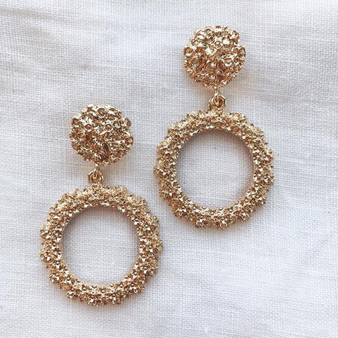 The Crushed Gold Earring - Round
