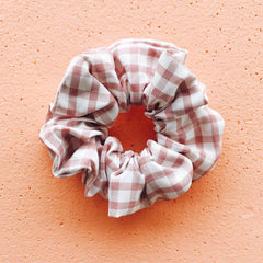 Gingham Scrunchie - Pink