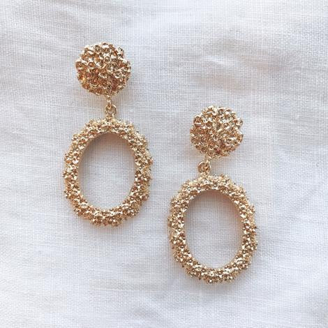 The Crushed Gold Earring - Oval