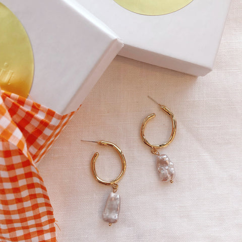 The Pearl Drop Earring