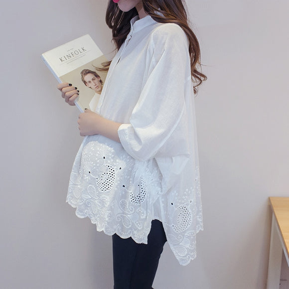 Maternity Clothing White Blouse Elegant SpringAutumn Pregnant women Loose O-Neck Shirt Single-Breasted Pregnancy Ladies Tops