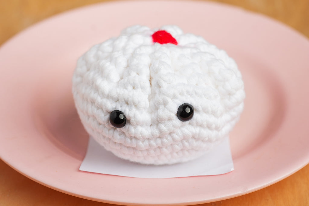 Tiny Rabbit Hole – charsiew bao pau chinese delicacy pork yam tausar dua liu sha lian yong schachenmayr journey crochet amigurumi food foodie singapore local