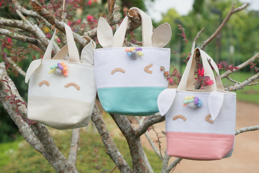 Tiny rabbit hole - Zoe Beary Naise Handmade unicorn Bags Sewing and crochet Parties craft fusion Workshop