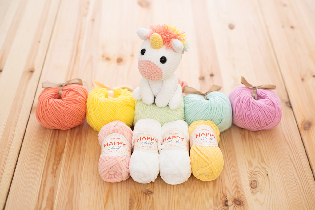 Rainbow Unicorn Amigurumi (With images) | Crochet unicorn pattern ... | 684x1024