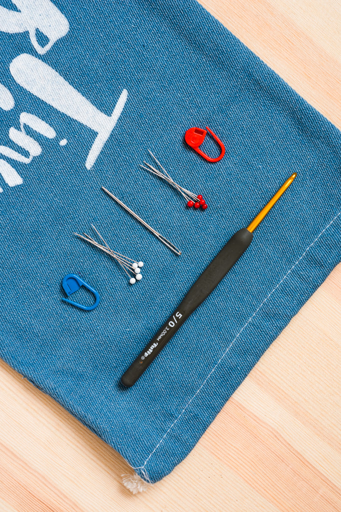 Basic Crochet Toolkit with Japan Tulip Hook (2.0 to 6.5mm)