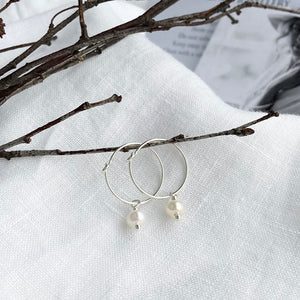Bonds - Silver Oval Pearl Hoops